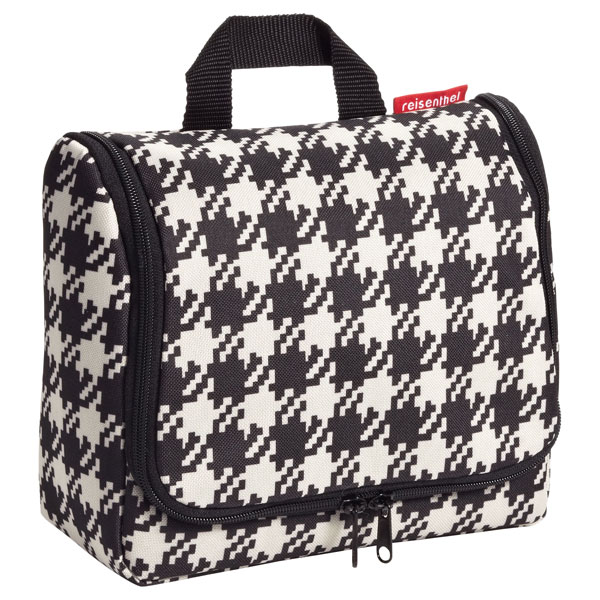 reisenthel® Hanging Toiletry Organizer Houndstooth