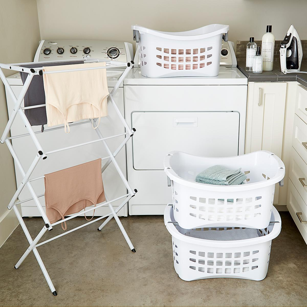 Compact accordion clothes drying rack the container store - Surface minimale pour une chambre ...