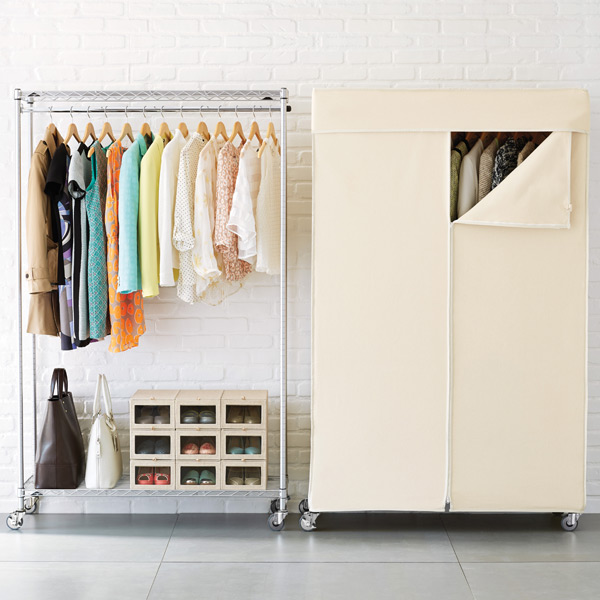 intermetro clothes rack the container store rh containerstore com Wall Mounted Shelves Clothing Clothing Display Racks