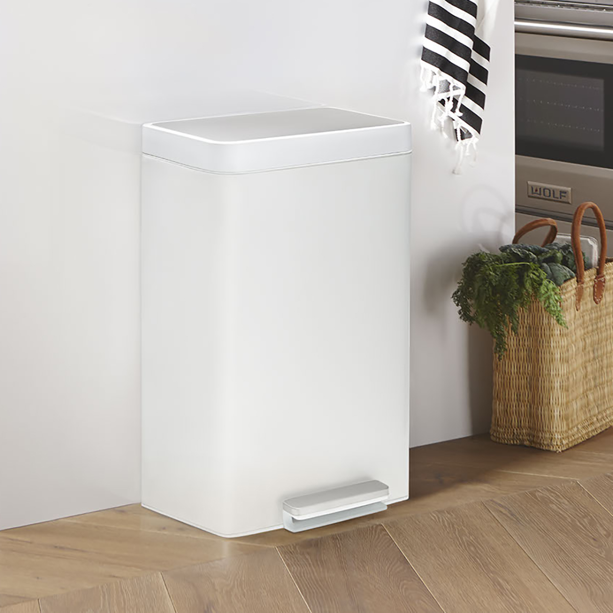 Kohler White 13 Gal Steel Step Trash Can The Container Store